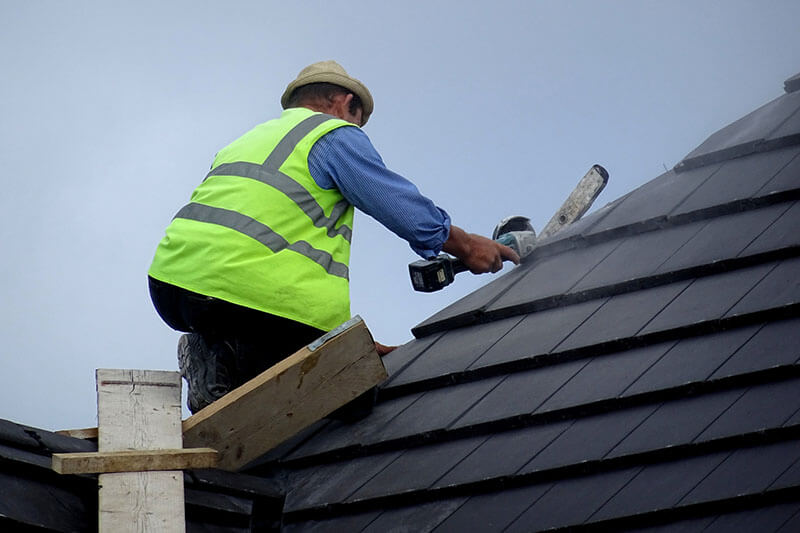 Choosing A Certified Roofing Contractor